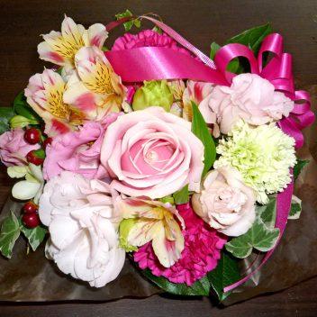 お祝い花束 ピンクバラ